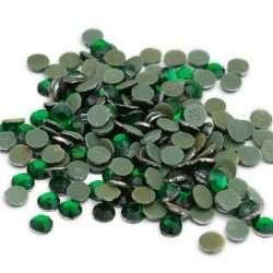 Emerald iron on crystals DalCrystals